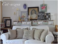this is exactly what i need to do over our couch in the formal living room! love this!!!