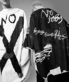 Fashion Details, Diy Fashion, Ideias Fashion, Mens Fashion, Fashion Design, Fashion Clothes, Custom Clothes, Diy Clothes, V Model