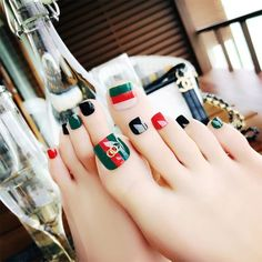 Stripe Rivets Fake Toe Nails - Gucci Nails - Ideas of Gucci Nails - Stripe Rivets Fake Toe Nails Fake Nail Store Holiday Nail Designs, Toe Nail Designs, Holiday Nails, Christmas Nails, Pretty Toe Nails, Pretty Toes, Feet Nails, My Nails, Nail Noel