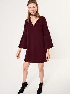http://www.mohito.com/pl/pl/collection/all/sukienki/se945-83x/loose-dress-with-wide-sleeves