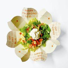 A Guactruck, empresa de alimentos das Filipinas, realizou um projeto de embalagem que permite mostrar a responsabilidade ambiental da empresa usando apenas um pedaço de papelão e design inspirado n...