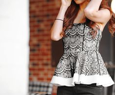 I love this top!  So CUTE!!  :)
