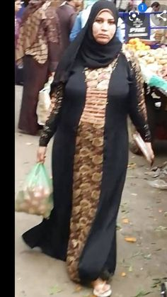 Arab Girls Hijab, Muslim Girls, Muslim Women, Beautiful Arab Women, Beautiful Hijab, Hijabi Girl, Girl Hijab, Muslim Hijab, Hijab Niqab