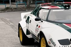 """fullthrottleauto: """" Lancia Stratos [Hawk HF] (by - Icy J -) """" Classic Sports Cars, Classic Cars, Rally Car, Car Brands, Car And Driver, Car Manufacturers, Hot Cars, Car Pictures, Cars Motorcycles"""