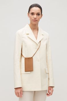 LEATHER PHONE POUCH Trendy bag. what to wear this spring.