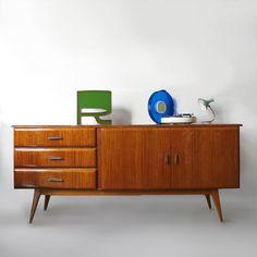 #vintage #deco #fifties #sixties #rockabilly #scandinavian #spaceage #decoracion #interiorismo #antiques #zamora en chachiandchachi consíguelo en www.chachiandchachi.com