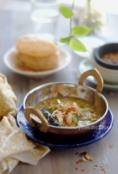 Bengali Cholar Dal: Lentils with Coconut and Spices | ecurry.com