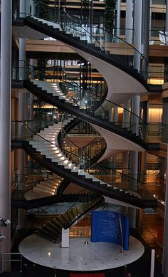 parlement européen   Tumblr Luxury Staircase, Stairs And Staircase, Building Stairs, Modern Staircase, House Stairs, Building A House, Spiral Stairs Design, Home Stairs Design, Dream Home Design