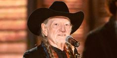 Willie Nelson has a message for all his stoner fans. Put down the bong and go vote! #VoteBlue  VOTE the GOP OUT in NOV!
