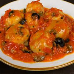"This is ""Polpette di pesce spada alla siciliana"" by Al.ta Cucina on Vimeo, the home for high quality videos and the people who love them. Cold Lunch Recipes, Air Fryer Dinner Recipes, Dinner Recipes Easy Quick, Vegetarian Recipes Dinner, Easy Healthy Recipes, Baked Chicken Recipes, Fish Recipes, Whole Food Recipes, Cooking Recipes"