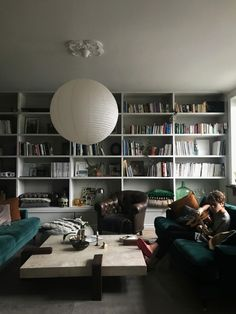 Mitt bästa Januaritips Sofabord Living Room Decor, Living Spaces, Loft Furniture, Furniture Dolly, Elegant Living Room, Sofa Shop, Cushions On Sofa, Room Inspiration, Decoration