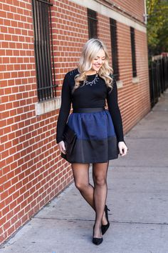 how to wear fishnet chrochet tights cute outfit