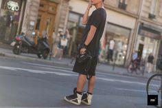 Yang Wang. www.jaiperdumaveste.com      #jaiperdumaveste #JPMV #NabileQuenum #Streetstyle #Paris #fashion #mode #rickowens #alexanderwang #yangwang