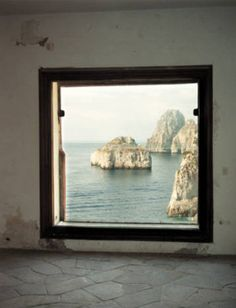 by François Halard' windows that appear like a painting... breathtaking view!
