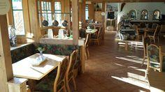 Restaurant Sonnenlicht. Een restaurant voor iedereen. Tree Branches, Art Pieces, Restaurant, How To Make, Home Decor, Sunlight, Essen, Diner Restaurant, Interior Design