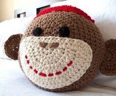 Ganchillo Sock Monkey almohada por peanutbutterdynamite en Etsy