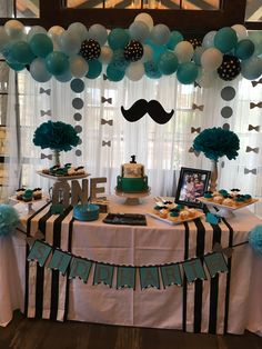 Trendy birthday cake decorating ideas for men little man ideas Little Man Birthday Party Ideas, Simple First Birthday, Cake Table Birthday, Boys First Birthday Party Ideas, Birthday Table Decorations, Little Man Party, First Birthday Party Themes, Birthday Themes For Boys, Baby Boy First Birthday