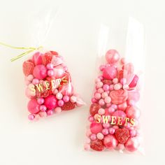 """A truly darling way to present pretty candy or treats! Clear cellotreat bags foil stampedwith the word """"SWEETS"""" in shiny gold foil Bags measure 4 x 8.75"""" A Sh"""