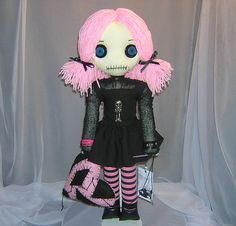 love tattered rags dolls. Looking on Pinterest for one with black pigtails and a hot pink tutu...