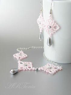 """ARToniabeads - ŠPERKY - Súpravy šperkov - Šitý set náhrdelníka a náušníc """"Ružový sen"""""""