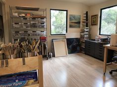 Organize and Maximize Your Art Studio – Janet Vanderhoof Photo Studio, Studio Photos, Art Studios, Art Boards, Art Supplies, The Help, Organization, Building, Studio Ideas