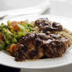 Meat And Poultry, Chicken Marsala, Herbed Chicken In A Sweet Marsala And Mushroom Sauce -- Sounds Simple, And It Is -- Simply Delicious. Broccoli, Roasted Brocolli, My Favorite Food, Favorite Recipes, Marsala Recipe, Great Recipes, Healthy Recipes, Yummy Recipes, Recipe Ideas