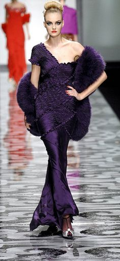 madame by ultra-glam fashion & couture | Purple passion | More purple lusciousness here: http://mylusciouslife.com/purple-passion/