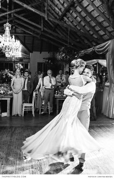 MELINDA BAM & ADRIAAN BERGH'S FOREST, FAIRY-TALE WEDDING | Real weddings | The Pretty Blog