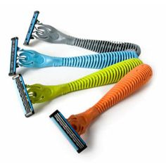 Triple Razors made out of recycled yogurt cups. $8.95 #mightynest