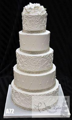 Ideas for wedding cakes buttercream roses pearls White Wedding Cakes, Wedding Cakes With Flowers, Cool Wedding Cakes, Elegant Wedding Cakes, Beautiful Wedding Cakes, Wedding Cake Designs, Beautiful Cakes, Flower Cakes, Elegant Cakes