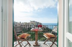 """Private room in Corniglia, IT. This small lovely bedroom is perfect for a short staying. The view from it is Amazing and the location is very quiet. A fresh breakfast is included and is served at bar """"pan e vin"""", where Cristiana works, at just three minutes far walking."""