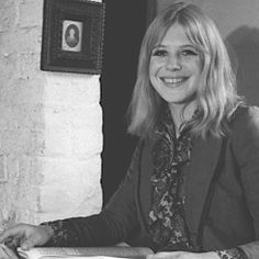 the rolling stones — Marianne Faithfull, at home in Berkshire, 1974. ©...