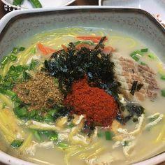 이것만은 꼭! 리얼 제주 먹방 여행 -제주시 : 네이버 포스트 Asian Recipes, Ethnic Recipes, Korean Food, Seaweed Salad, Japchae, Food, Korean Cuisine, Asian Food Recipes