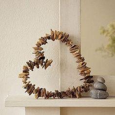 Driftwood heart by Adri22