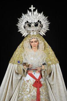 Nuestra Señora de la Aurora | Hermandad de la Resurrección