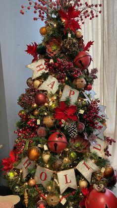 Flocked Christmas Trees Decorated, Diy Christmas Tree Topper, Decoration Christmas, Ribbon On Christmas Tree, Christmas Tree Themes, Noel Christmas, Christmas Crafts, Christmas Wreaths, Modern Christmas