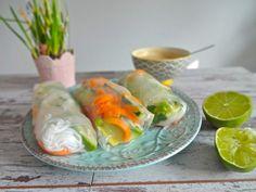 Thai Sommerrollen mit Erdnuss-Dip - glutenfrei, vegan, ohne Milchprodukte, ohne raffinierten Zucker, vegetarisch