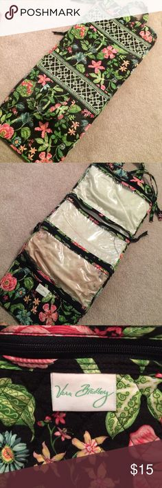 Fold up Vera Bradley travel bag Beautiful tropical pattern, has some makeup spots on the inside from light use but no actual damage, make an offer! Vera Bradley Bags Travel Bags