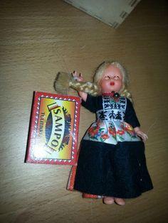 Toinen kuva nukesta