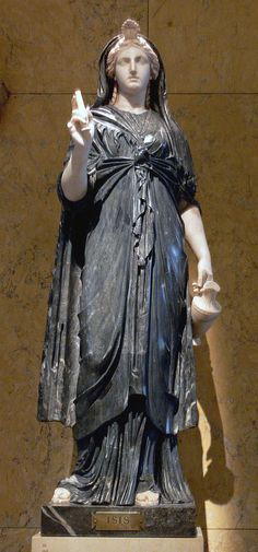 Statue of priestess of Isis from the temple of Iside in Pompeii, 1st half of 2nd century