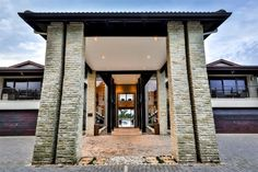 Endless Horizons Boutique Hotel - Endless Horizons is a luxurious 5 Star boutique hotel, situated on Umhlanga Rocks Drive, Durban North, KwaZulu-Natal.  This sumptuous hotel offers contemporary-classic elegance in naturally beautiful surrounds, ... #weekendgetaways #durban #southafrica