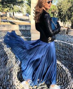 Windy Silk Skirt images, similar and related articles aggregated throughout the Internet. Long Skirt Outfits, Winter Skirt Outfit, Long Maxi Skirts, Pleated Midi Skirt, Silk Skirt, Dress Skirt, Windy Skirts, Hobble Skirt, Skirt Images