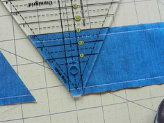 Molly Flanders Makerie: Pyramid Quilt - How to piece and cut 60 degree triangles from strips with a 60 degree ruler
