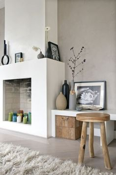 Decorate the unused fireplace in the living room - 20 creative decorating ideas Unused Fireplace, Home Fireplace, Fireplace Design, Simple Fireplace, Modern Fireplace, Fireplaces, Empty Fireplace Ideas, Candle Fireplace, Country Fireplace