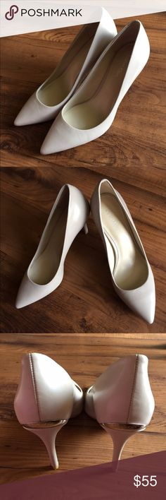 *PRICE DROP* Calvin Klein Cream Heels 👌🏼 These are a beauty! Classic heels with a simple, sleek metallic accent on the heel. These have BARELY been worn (didn't match the dress.... :/) No trades on these! Thanks! Make me an offer! Calvin Klein Shoes Heels