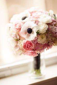 Benson Hotel Wedding, Portland wedding flowers, brittany lauren photography, liz rusnac floral design, portland wedding flowers, blush and g...