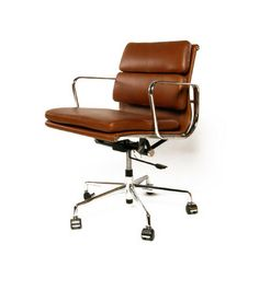 Upholstered in waxed top aniline leather on a polished aluminium frame with soft pad back and seat cushions. Features a five-star aluminum base, gas li. Vintage Office Chair, Executive Fashion, Retro Room, Executive Chair, Mid Century Style, Italian Leather, Seat Cushions, Tan Leather, Cool Furniture