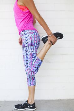 Bright Fitness Outfit for Summer Workouts.