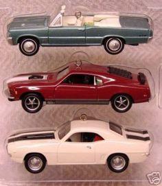 HALLMARK KEEPSAKE ORNAMENT MUSCLE CARS SET 3 ORNAMENTS (12/15/2007)