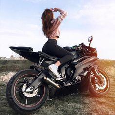 Black Yamaha motorcycle and biker girl biker queen .- Schwarze Yamaha Motorrad- und Biker-Mädchen-Biker-Königin # Black Yamaha motorcycle and biker girl biker queen # … – Cars and Motorcycles – # BikerGirlBikerQueen - R6 Motorcycle, Motorbike Girl, Motorbike Cake, Motorbike Design, Women Motorcycle, Girl Bike, Girl Car, Lady Biker, Biker Girl